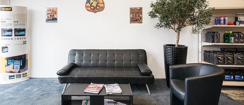 le garage de palette aix en provence. Black Bedroom Furniture Sets. Home Design Ideas